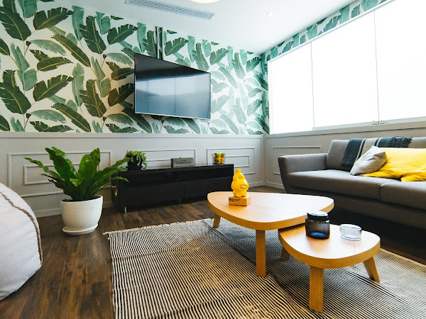 5 TIPS TO RE-DECORATE YOUR LIVING ROOM