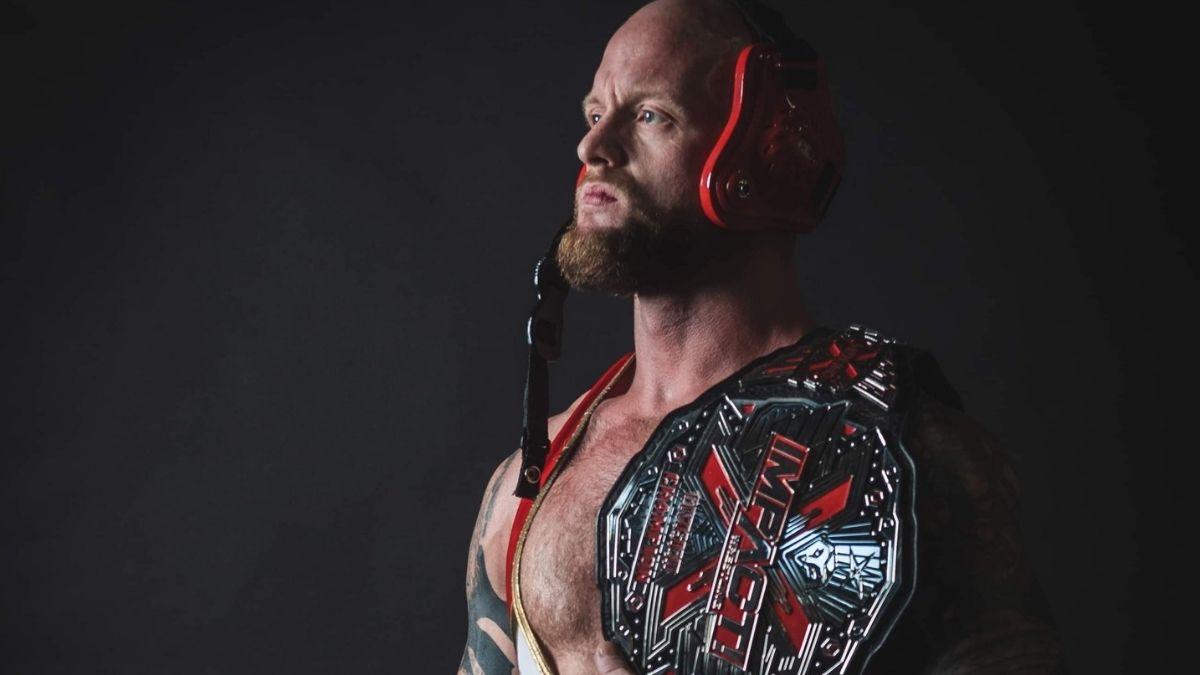 Josh Alexander fará sua estreia na NJPW