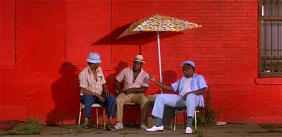 Do The Right Thing - Robin Harris, Paul Benjamin, and Frankie Faison