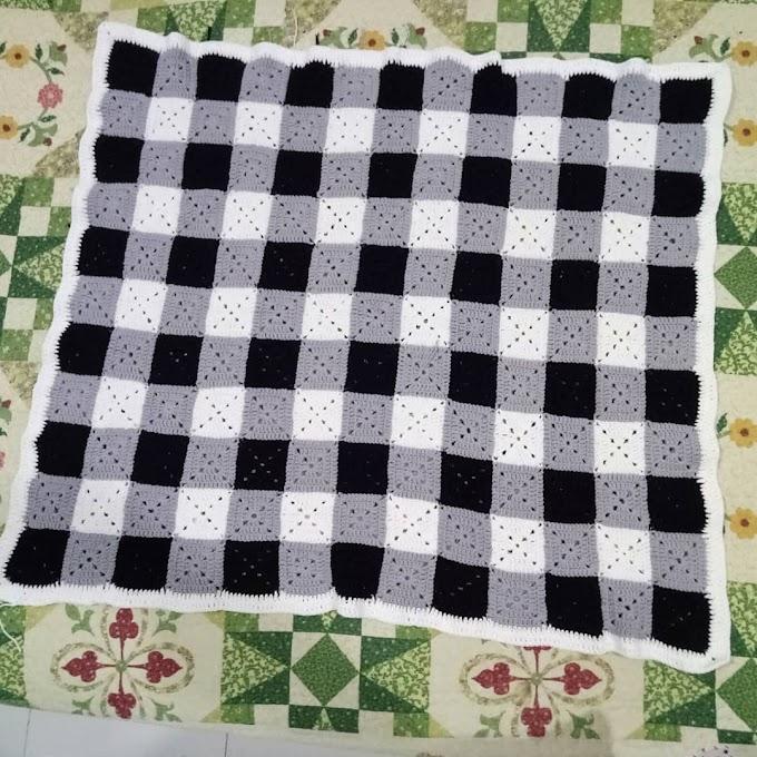 Done : Selimut Baby Crochet