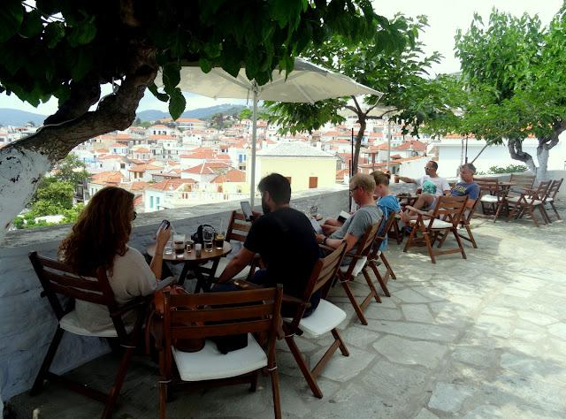 Vrachos Cafe Bar in Skopelos