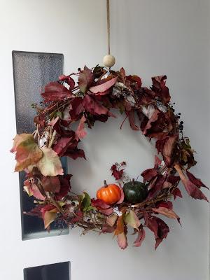 fabriquer une couronne de porte d'automne