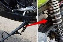 [WAJIB TAHU] Dampak Buruk Terlalu Sering Gunakan Standar Samping Pada Motor