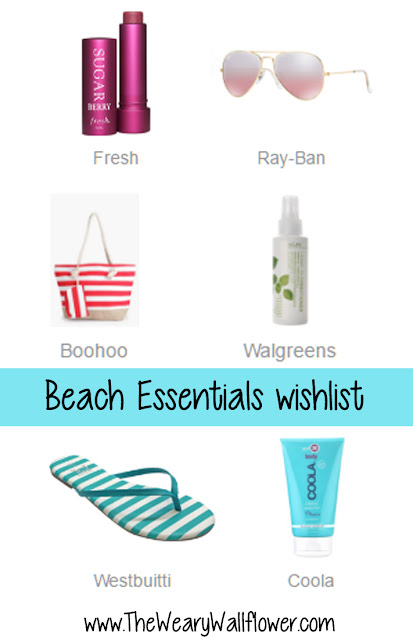 All the essentials for a minimalist but perfect day at the beach