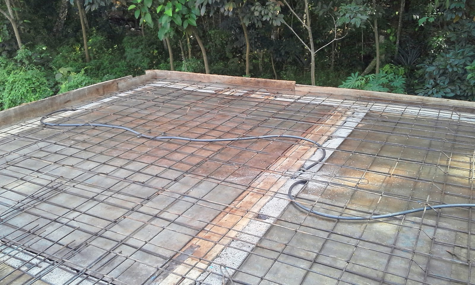 Kerala house construction tips 7 preparation for roof for Concrete advice