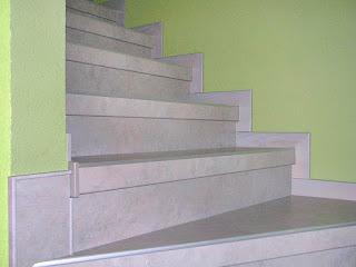 Betontreppe renovieren - Treppenprofilsystem mit Wandsockel