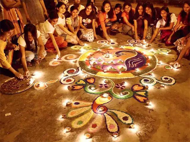 Diwali Wishes in Hindi - हिंदी में दिवाली की शुभकामनाएँ -