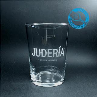"""Vaso de sidra grabado con logotipo de Cerveza Artesana Cordobesa """"JUDERÍA"""""""