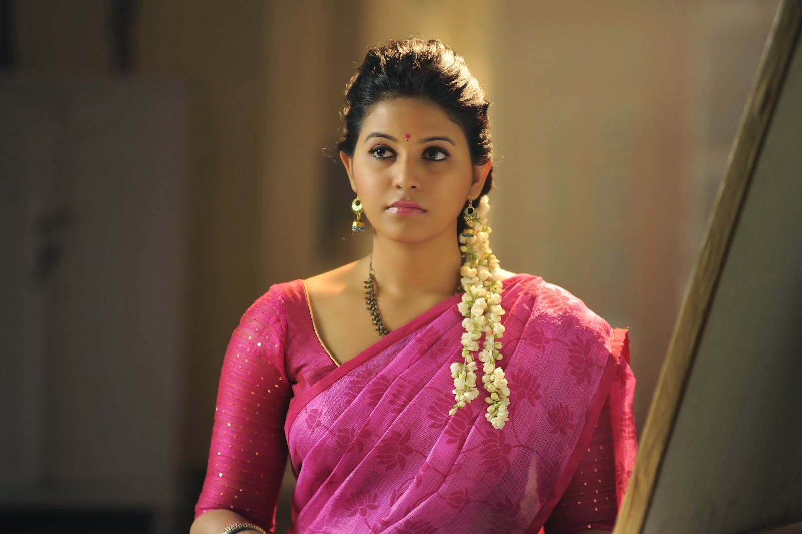 Telugu Actress Jyothi In Blue Salwar: Actress Anjali In Pink Saree From Geethanjali Movie
