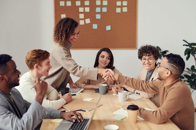 Laporan Praktikum Komunikasi Bisnis