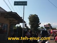 """""""Taman Batu"""" Cijanun, Bojong, Purwakarta - Wisata Air Dengan Pemandangan Asli Khas Kampung"""