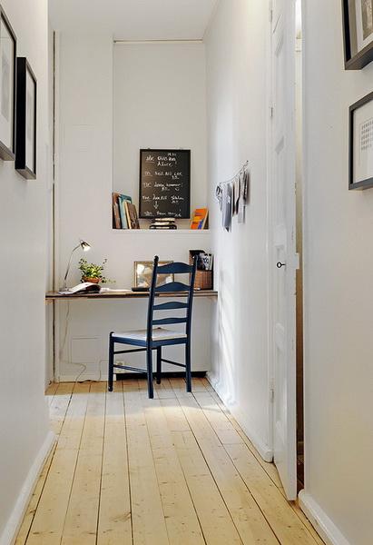 La casa in vetrina idee e soluzioni per l 39 angolo studio for Idee per ingresso casa