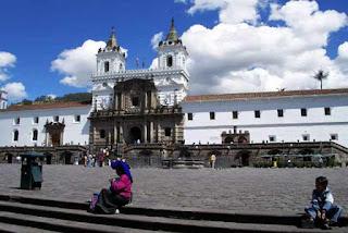 5 lugares turísticos que debes visitar en Quito