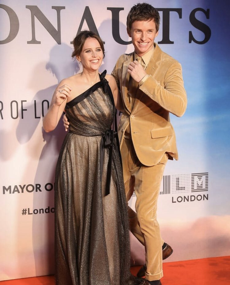 Felicity Jones and Eddie Redmayne reunited at Aeronauts premiere