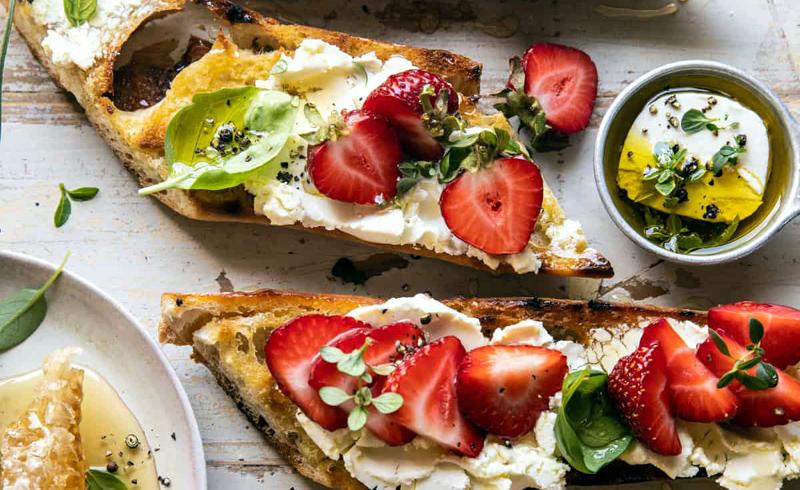 Marinated Goat Cheese and Strawberry Crostini