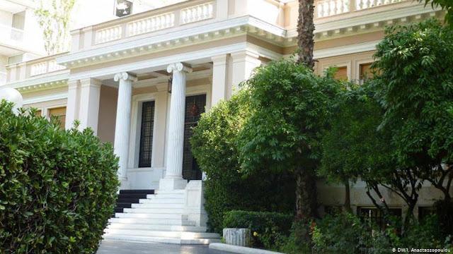 Spiegel: Η Αθήνα δεν πιέζει για κυρώσεις άμεσα στην Τουρκία
