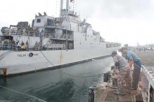 Prajurit Lantamal IX Merflug KRI Teluk Lampung – 540