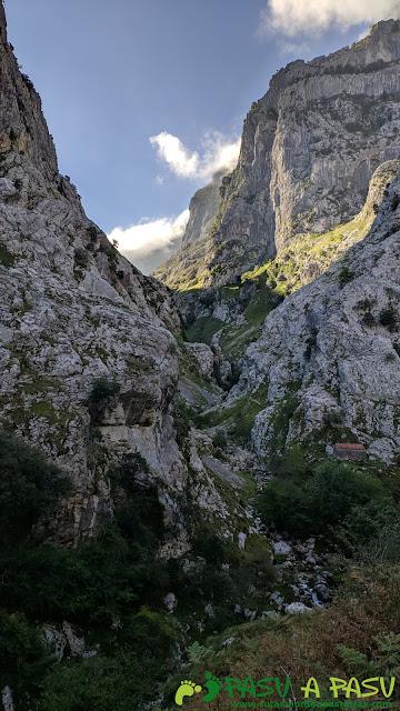 Canal del Texu desde Poncebos