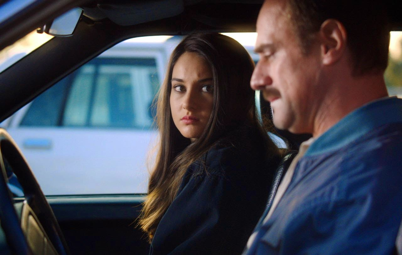 white bird in a blizzard-shailene woodley-christopher meloni