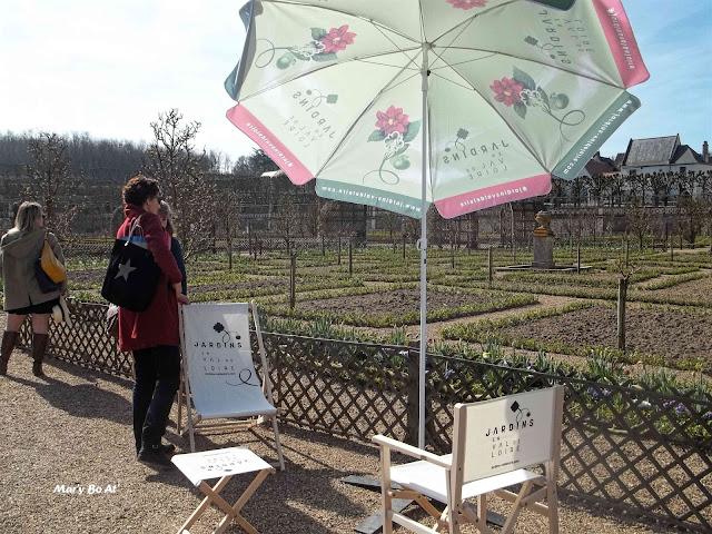 Objets de communication pour cette saison culturelle Jardins en Val de Loire