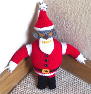 Robot Santa free crochet pattern
