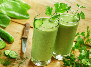 Julie Morris: Frissítő zöld smoothie /VIDEÓ/