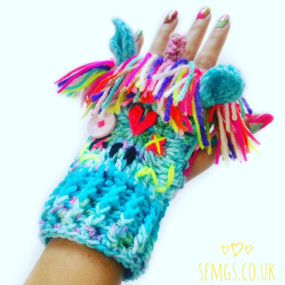 free crochet gloves mittens fingerless mitts pattern unicorn zombie
