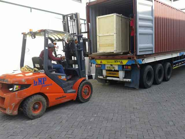 Rental/ Sewa Forklift Semarang