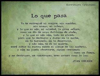 """Poema """"lo que pasa"""" de Juan Gelman"""