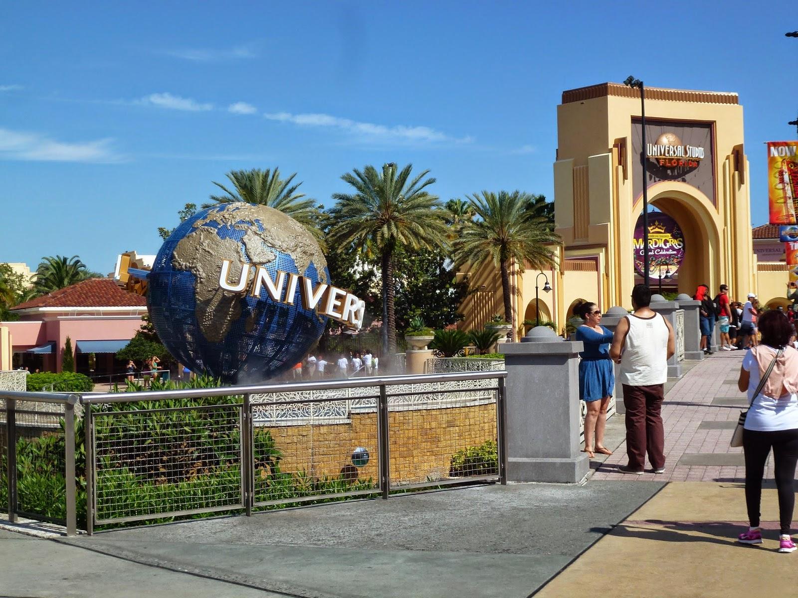universal-studios-globe