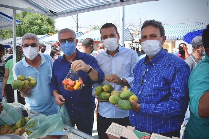 SUDOESTE | Waldenor e Zé Raimundo entregam novos equipamentos e fortalecem a saúde municipal durante a Feagri em Malhada