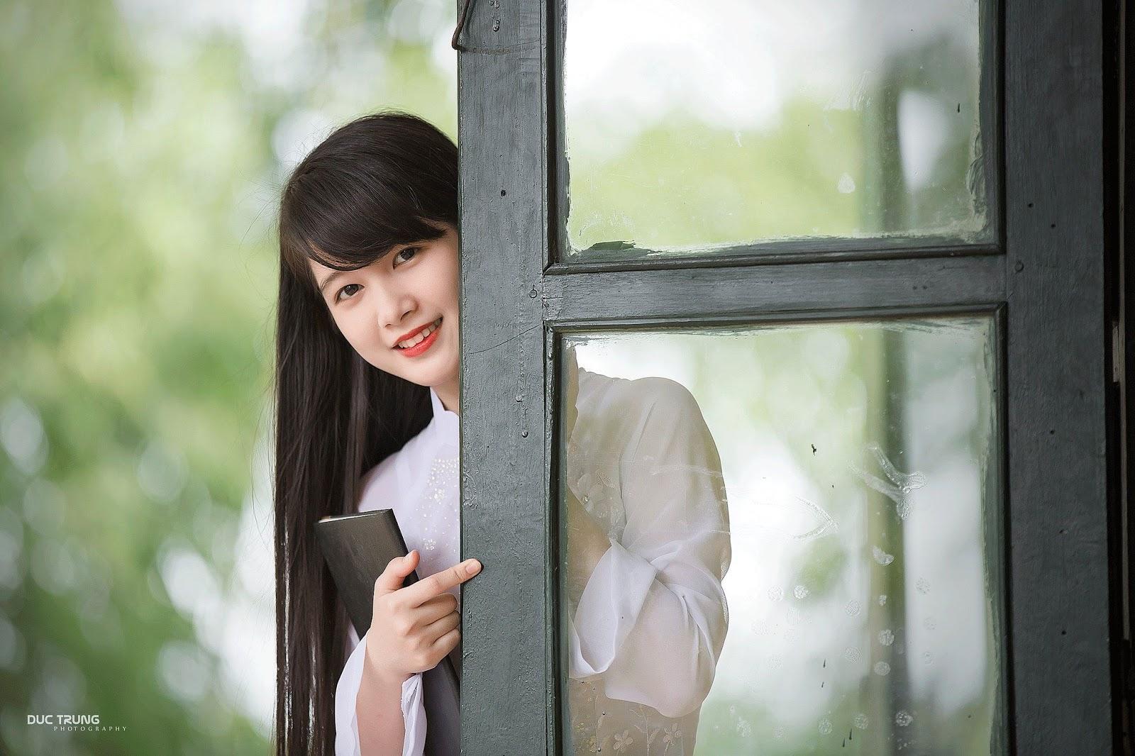 Top ảnh girl xinh Việt với áo dài thướt tha đẹp mê mẩn lòng người #3
