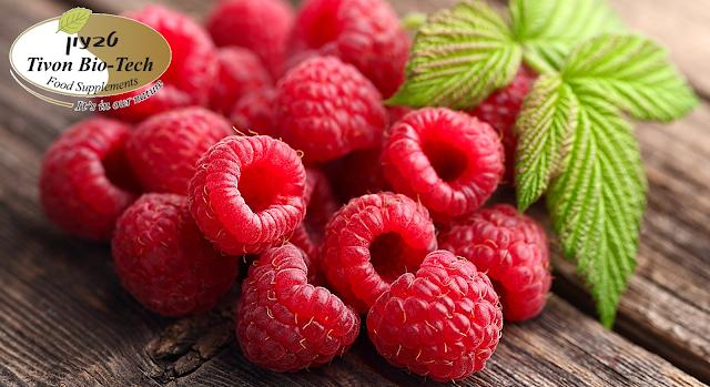 פירות פטל אדום