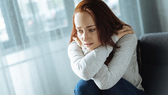 Adet Öncesi Sendrom Kimlerde Görülür? Sendromleri Nelerdir?