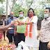 भाजपा ने खपरोडीह में जरूरतमंदों के बीच किया खाद्यान्न वितरण
