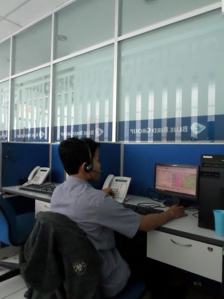 Begini Suasana Call Center Di Kantor Blue Bird Semarang