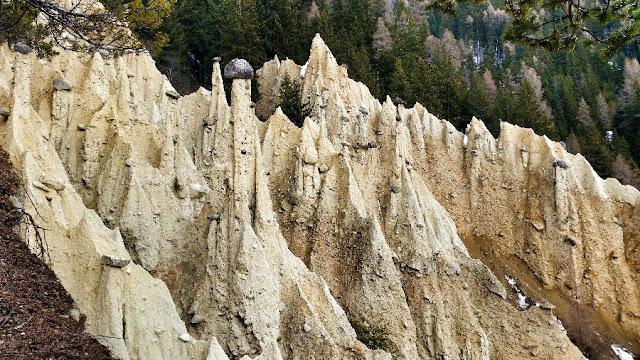 piramidi di terra perca