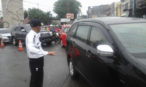 Dishub Urai Kemacetan di Depan Pintu Gerbang GDC