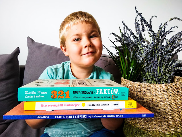 Książki (nie tylko) na deszczowe wakacje