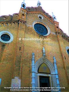 The basilica of Santa Maria Gloriosa dei Frari Venice Copyright All rights reserved © By itravelinitaly.com travelers from Italy Photo by Baldassarri Giuseppe