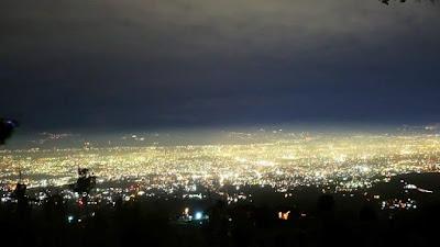 Kota Bandung di Malam Hari