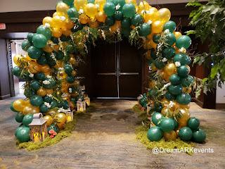 Forest theme balloon tunnel
