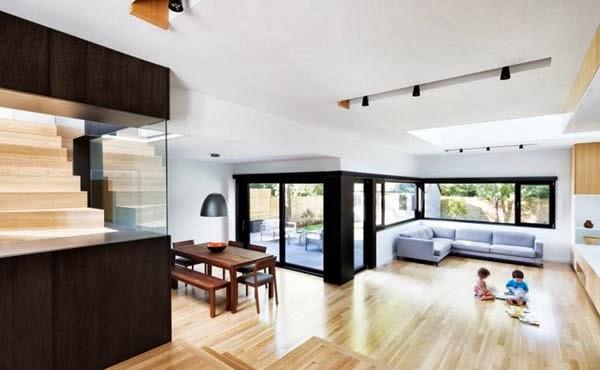 Renovasi Rumah Minimalis Dua Lantai