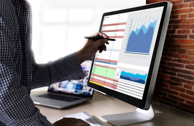 top data analytics trends shaping businesses