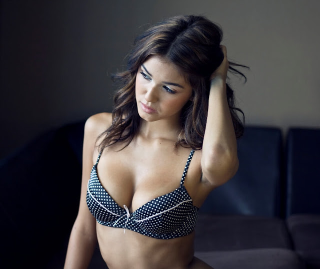 Ashley Sky Hot Pics and Bio