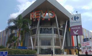 LOWONGAN PEKERJAAN BESAR-BESARAN. Di REVO TOWN MALL BEKASI (ex.Bekasi Square).