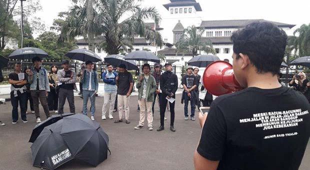 Aksi Kamisan Bandung ke-263, Gugat Peredaran Buku