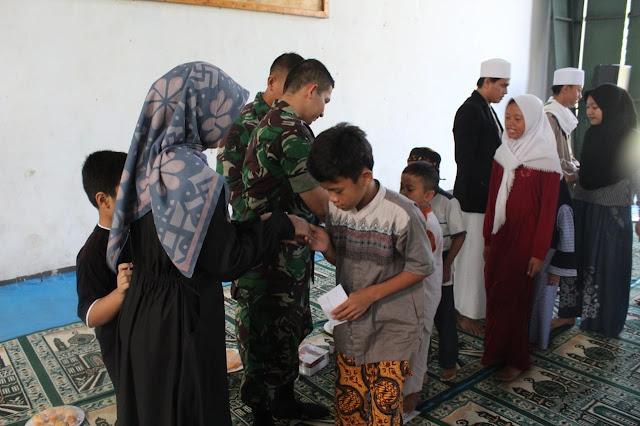 Syukuran Satgas Karhutla Riau, Yonarmed 10 Kostrad Santuni Anak Yatim di Bogor