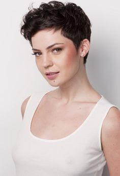 Model Rambut Cepak Wanita