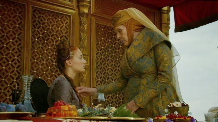 HBO Game of Thrones s04e02: Sansa a nahrdelnik